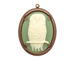 Vintaj Natural Brass Natural Brass Honorable Owl Pendant 39x50mm