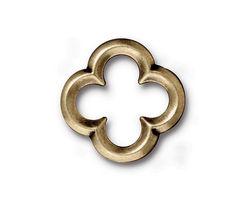 TierraCast Antique Brass (plated) Large Quatrefoil Link 21mm