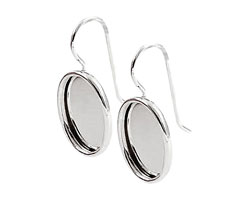 Nunn Design Sterling Silver (plated) Small Oval Frame Earring 12x17mm