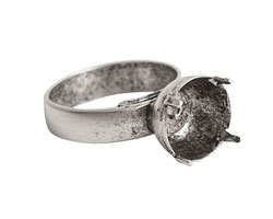 Nunn Design Antique Silver (plated) Small Circle Prong Setting Adjustable Ring 11.5mm