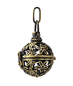 Antique Brass (plated) Starflower Diffuser Locket 24x47mm