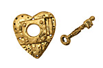 Green Girl Gold (plated pewter) Heart and Key Toggle 21x22mm, 20mm bar