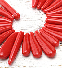 Red Coral Acrylic Mixed Drops Bib 10-16x40-60mm
