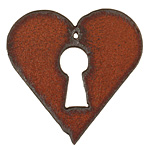 The Lipstick Ranch Rusted Iron Heart Lock Pendant 45mm