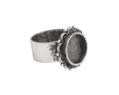 Nunn Design Antique Silver (plated) Small Ornate Circle Bezel Adjustable Ring 20mm