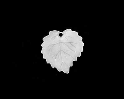 Matte Crystal Lucite Ivy Leaf 16mm