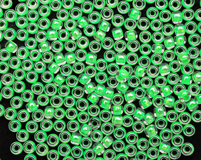 TOHO Luminous Neon Green Round 8/0 Seed Bead