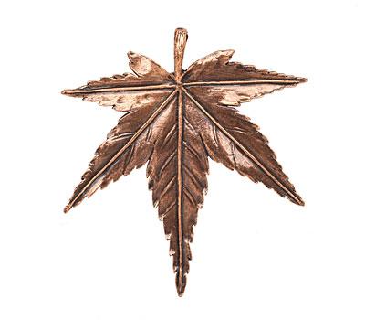 Ezel Findings Antique Copper Maple Leaf Pendant 50x54mm