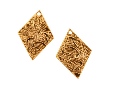 Stampt Antique Gold (plated) Floral Embossed Diamond 15x20mm