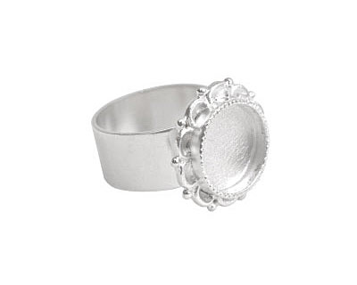 Nunn Design Sterling Silver (plated) Small Ornate Circle Bezel Adjustable Ring 20mm