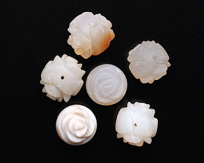 Natural Agate (matte) Round Carved Rose 16mm