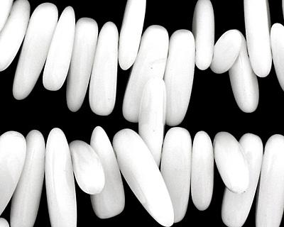 White Agate Stick 3-5x14-24mm