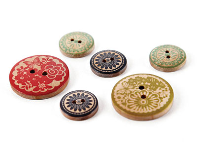 PB&J Wooden Buttons 19mm, 30mm
