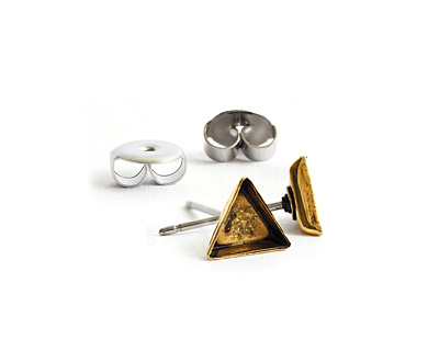 Nunn Design Antique Gold (plated) Triangle Bezel Post Earring 6mm