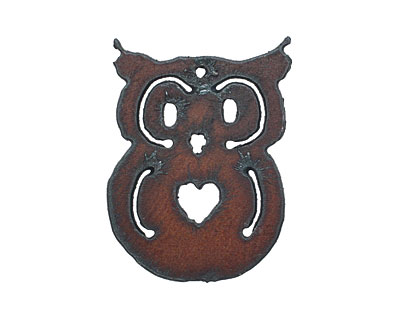 The Lipstick Ranch Rusted Iron Owl Pendant 40x55mm