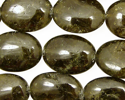 Green Garnet Flat Oval 20x15mm