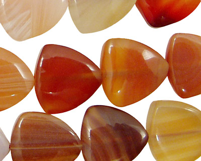 Carnelian (natural) Triangle 15mm