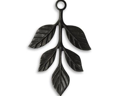 Vintaj Arte Metal Tiered Leaves 22x36mm