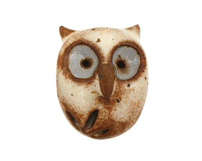 Kylie Parry Ceramic Cream w/ Blue Eyes Hoot Owl 20x25mm