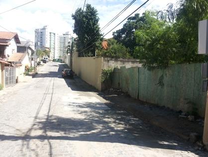 Ver mais detalhes de Terreno com 0 Dormitórios  em Glória - Macaé/RJ