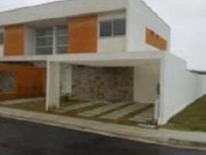 Ver mais detalhes de Casa com 3 Dormitórios  em CONCEITO A - Macaé/RJ