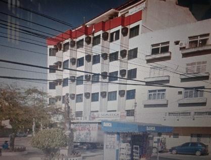 Ver mais detalhes de Comercial com 0 Dormitórios  em Centro - Macaé/RJ