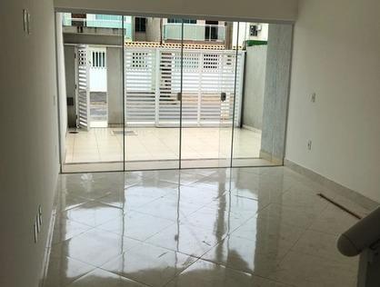 Ver mais detalhes de Casa com 4 Dormitórios  em Lagoa - Macaé/RJ
