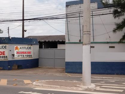 Ver mais detalhes de Comercial com 0 Dormitórios  em Granja dos Cavaleiros - Macaé/RJ