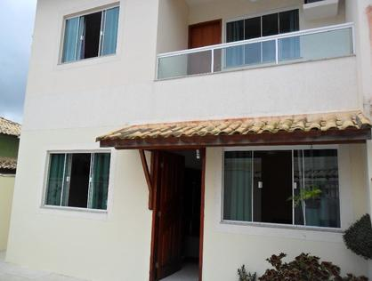 Ver mais detalhes de Casa com 3 Dormitórios  em Marileia - Rio das Ostras/RJ