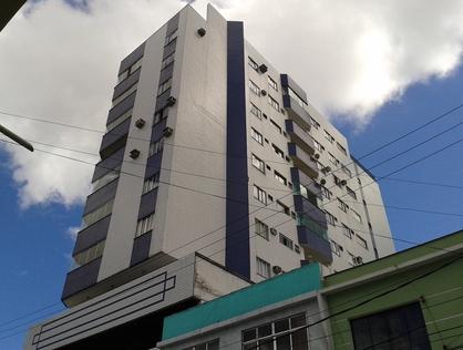 Ver mais detalhes de Apartamento com 3 Dormitórios  em Centro - Macaé/RJ