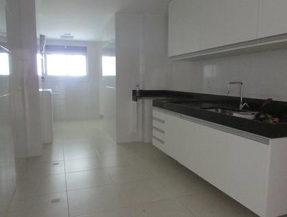 Ver mais detalhes de Apartamento com 3 Dormitórios  em praia do pecado - Macaé/RJ