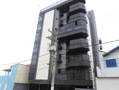 Ver mais detalhes de Apartamento com 4 Dormitórios  em Praia Campista - Macaé/RJ