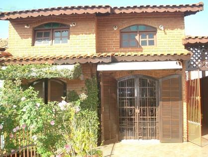 Ver mais detalhes de Casa com 3 Dormitórios  em Cidade Dutra - São Paulo/SP