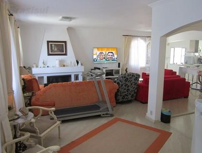 Ver mais detalhes de Casa com 3 Dormitórios  em Interlagos - São Paulo/SP