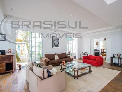 Ver mais detalhes de Casa com 4 Dormitórios  em Chácara Flora - São Paulo/SP