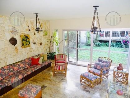 Ver mais detalhes de Casa com 4 Dormitórios  em Granja Julieta - São Paulo/SP