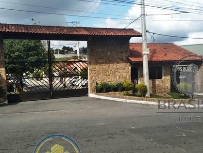 Ver mais detalhes de Casa com 3 Dormitórios  em Jd.caraí - São Paulo/SP