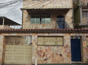 Ver mais detalhes de Casa com 5 Dormitórios  em Cascadura - Rio de Janeiro/RJ