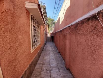 Ver mais detalhes de Casa com 2 Dormitórios  em Quintino Bocaiúva - Rio de Janeiro/RJ