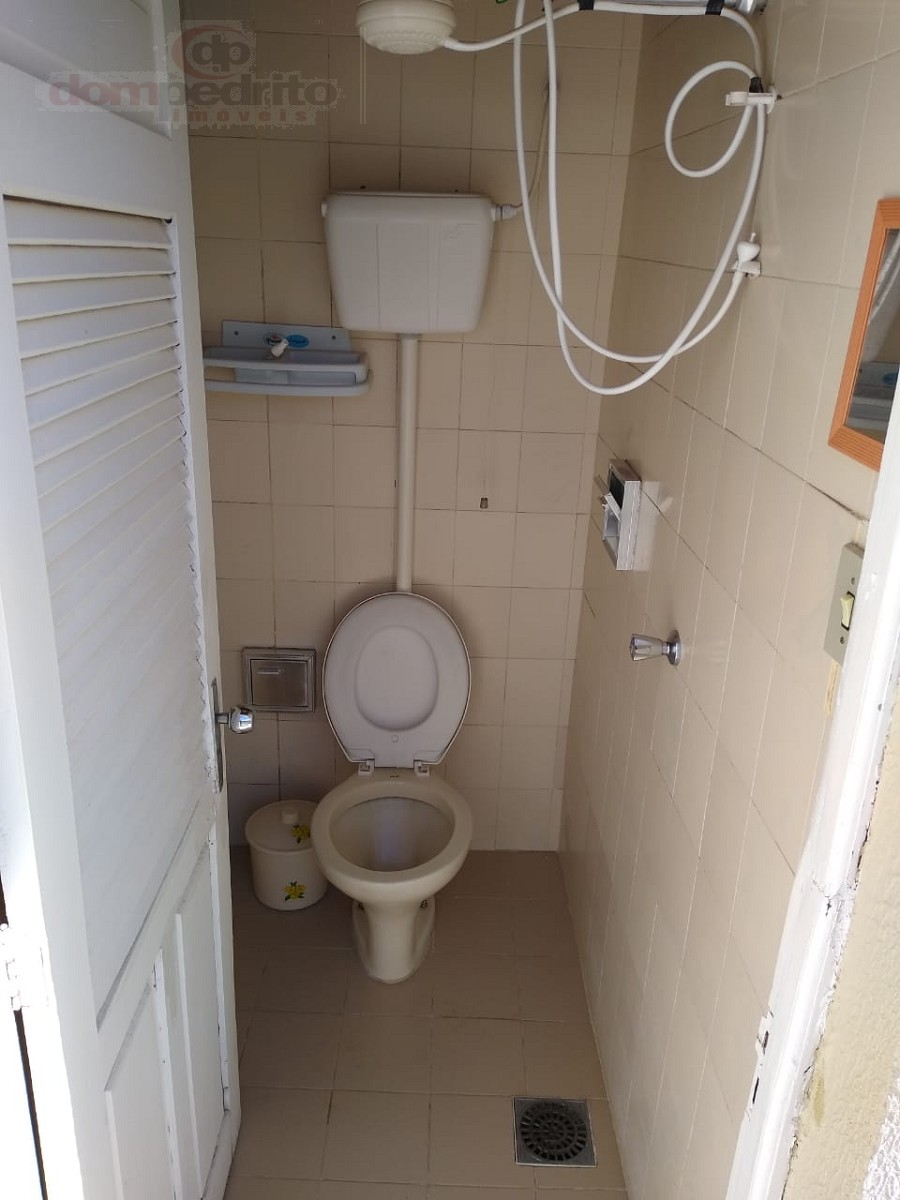 wc auxiliar