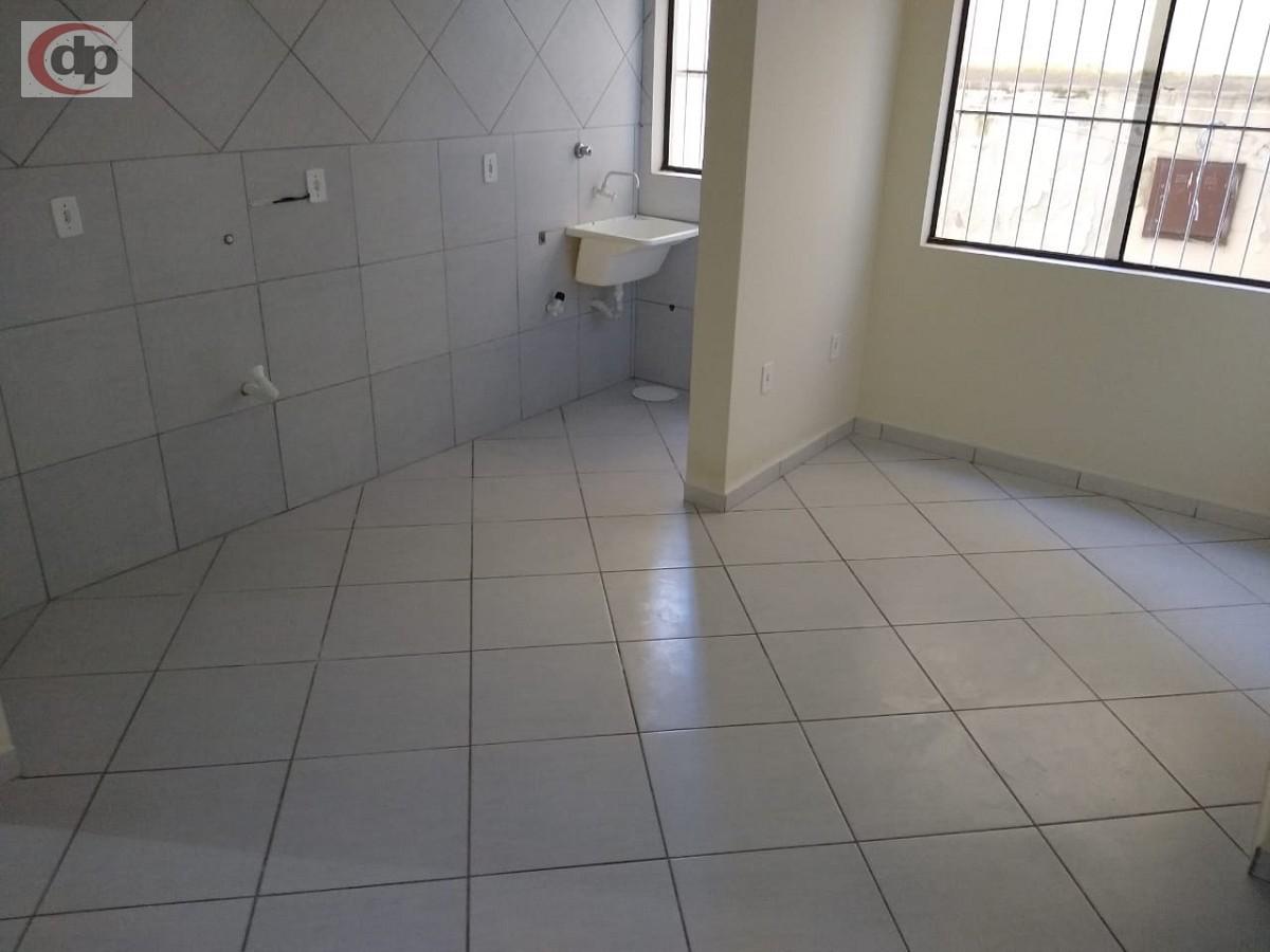Sala, Cozinha e Área de Serviços