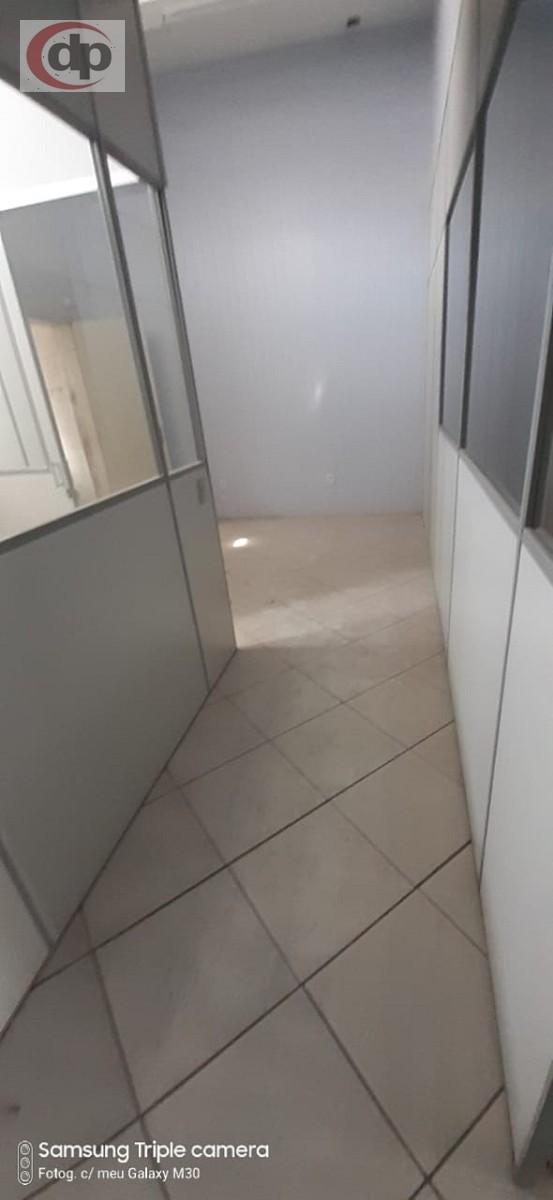 Acesso Ambiente 5 e banheiro