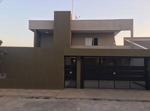 Ver mais detalhes de Casa com 4 Dormitórios  em Medeiros - Jundiaí/SP