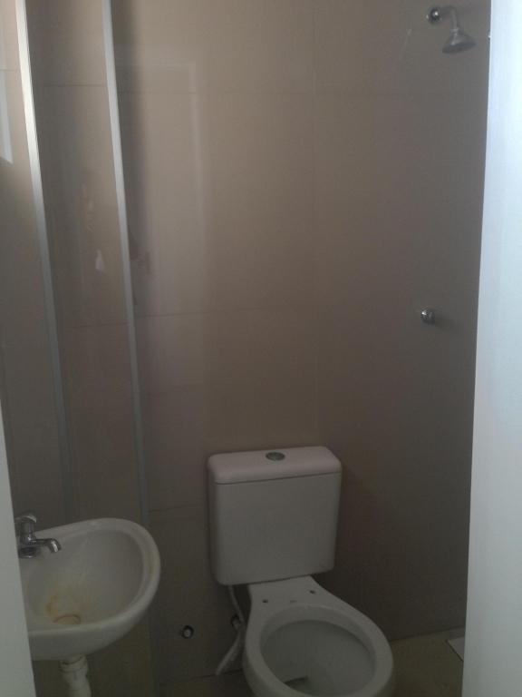 Banheiro suíte 2/escritório