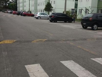 Ver mais detalhes de Apartamento com 3 Dormitórios  em Parque Pinheiros - Taboão da Serra/SP