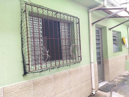 Ver mais detalhes de Casa com 1 Dormitórios  em Jardim Santa Cecília - Taboão da Serra/SP