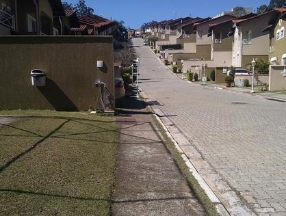 Ver mais detalhes de Casa com 3 Dormitórios  em Granja Viana - São Paulo/SP