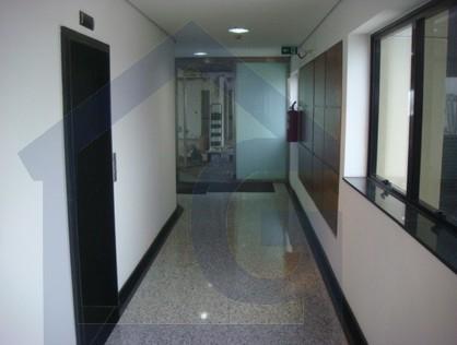 Ver mais detalhes de Comercial com 0 Dormitórios  em CENTRO STO ANDRÉ - Santo André/SP