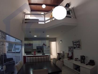 Ver mais detalhes de Casa com 3 Dormitórios  em Parque João Ramalho - Permuta - Santo André/SP