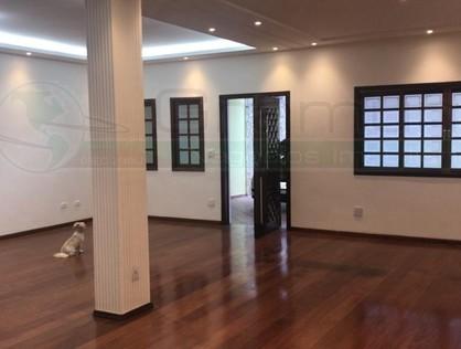 Ver mais detalhes de Casa com 4 Dormitórios  em Cerâmica - São Paulo/SP